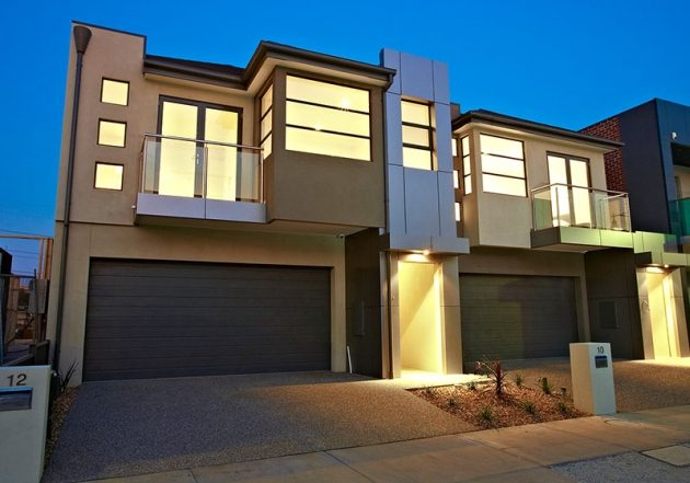 WebSite-9258_552 12 Lakeside Cres  Maribyrnong_100_010