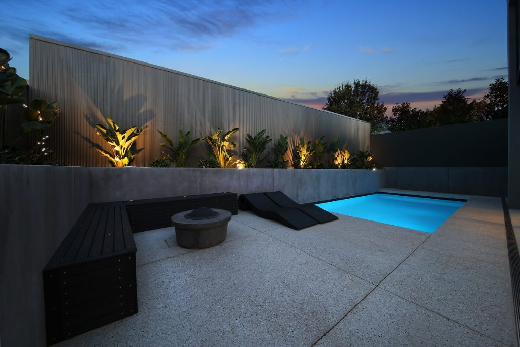 luxury-custom-built-home-with-pool-by-renmark-homes-essendon